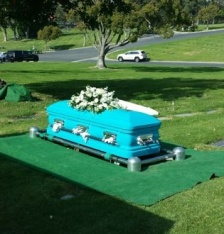 TurquoiseCasket_cropped